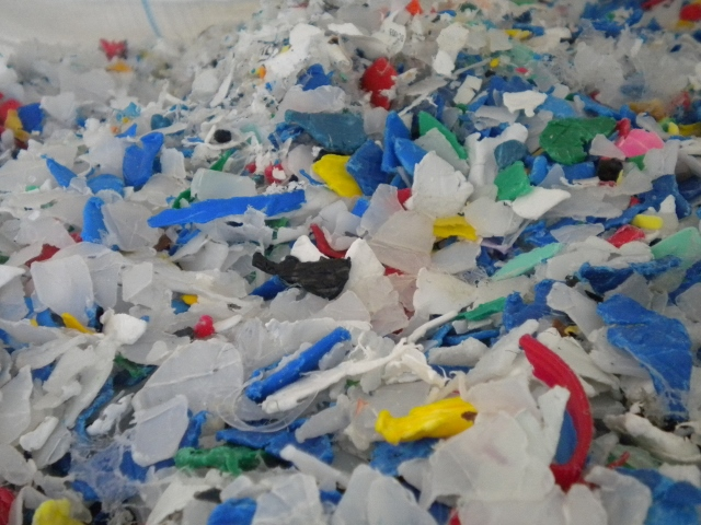 HDPE SHREDDED FROM BARREL